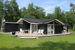 Three-Bedroom Holiday Home Langvarigheden with a Sauna 06,  9940, Østerby
