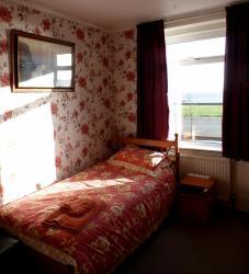Homelea Guest House, 33 Marine Parade, NR33 0QN, Lowestoft