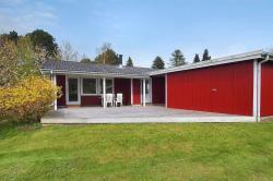 Two-Bedroom Holiday Home Alfestien 08,  4540, Fårevejle