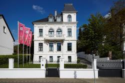 Boutique Hotel Villa am Ruhrufer Golf & Spa, Dohne 105, 45468, Mülheim an der Ruhr