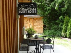 Casa Bella Guesthouse on Sechelt Inlet, 7117 Sechelt Inlet Road, V0N 3A4, Sechelt