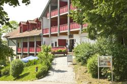 Apartmenthotel Rottalblick, Thermalbadstraße 16, 94086, Bad Griesbach