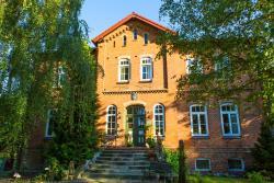 Gutshaus Zietlitz, Serrahner Str. 2, 18292, Dobbin