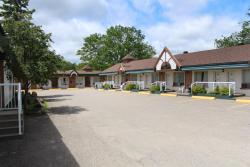 Sword Inn Bancroft, 146 Hastings Street North, K0L 1C0, Bancroft