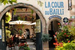 La Cour du Bailli Suites & Spa, 57 Grand Rue, 68750, Bergheim