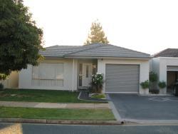 The Villa Kyabram, 2 Gillespie St, 3620, Kyabram
