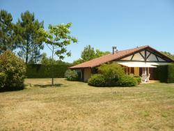La Maison Bourg de Vielle, 61 Allee du Jonc, 40560, Vielle-Saint-Girons