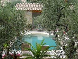 Villa Avec Piscine Callas, 86 Chemin Des Olivades, 83830, Callas