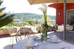 Hôtel CasaBella, 45 av de Cannes, 06370, Mouans-Sartoux