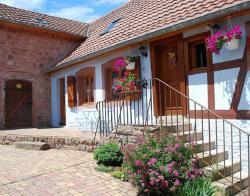 La Maison Bleue En Alsace, 75 Rue Du General De Gaulle, 67530, Saint-Nabor