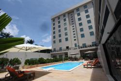 Star Land Hotel, 85 Rue Dominique Savio Primaire,, Douala