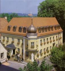 Altstadthotel Schex, Kapuzinerstraße 11-13, 84503, Altötting