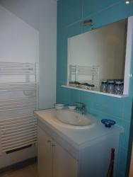 Chambres d'hôtes : La Isla Bonita, 10, Place Bouchard, 37220, LIle-Bouchard