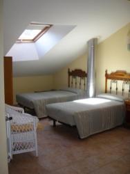 Hostal Pineda, Paseo Valdesgares, 1, 34840, Cervera de Pisuerga