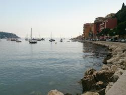Les Flots Bleus, 13 Promenade Des Mariniéres, 06230, Villefranche-sur-Mer