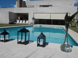 Acogedora y Confortable, Idiart 400, 2760, San Antonio de Areco