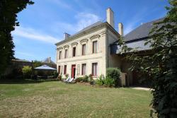 Domaine Des Roses, 84 Rue Benjamin Guittonneau, 49260, Vaudelnay