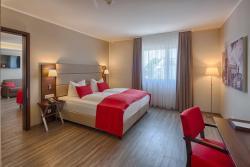 hotel bomonti Nürnberg West, Stollberger Str. 1 Ecke Oberasbacher Str., 90522, Oberasbach
