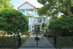 Joy Luck House-Home Party Shanghai, Block A2 (Xinhongqiao Asia Garden), 1655 Huqingping Rd , 200000, Qingpu