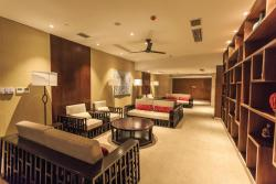 Aloha Oceanfront Suite Resort, No 8,Qingshuiwan Road, 572400, Lingshui