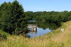 Camping Hurongues, Zone de loisirs d'Hurongues, 69590, Grésieu-le-Marché