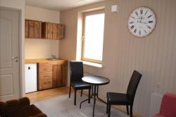 Adrian Apartment, Kesk 1-3, 50108, Tartu