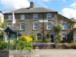 The Cedars, The Cedars, Hay Road, Builth Wells, Powys, LD2 3BP, Builth Wells