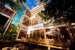 Jade Hot Spring Hotel, Rehai scenic spot,Qingshui village, 679100, Tengchong