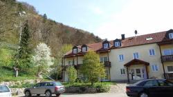 Hotel-Gasthof zur Krone, Prunner Hauptstr. 13, 93339, Riedenburg