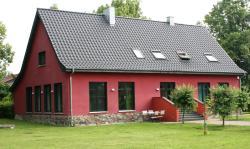 Ferienwohnung auf Gut Owstin, Dorfstrasse 17, 17506, Owstin
