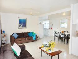 Lucinda Holiday Rental Apartments, 21 Carr Crescent, 4850, Lucinda