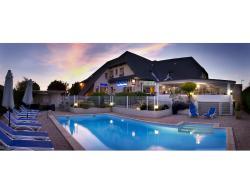 Inter-Hotel Les Peyrieres, 22 Rue Des Peyrieres, 12510, Olemps