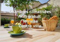 Citotel Hotel Cheval Blanc, 6 et 8 Place Bayard, 16100, Cognac