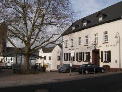 Ferienwohnung Am Markt, Marktplatz 3, 53547, Dattenberg