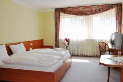 Hotel Hessischer Hof, Borngasse 10-12, 35274, Kirchhain