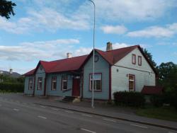 Vana Postimaja Accommodation, Jaama 7, 71503, Suure-Jaani