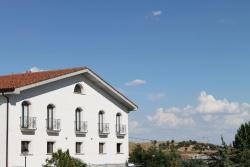Hostal Landhaus, Av. de Madrid, Antigua Nacional 1, km 43, 28710, El Molar