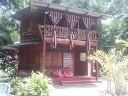 Casa Yumka, 60 Metros al Sur de Cabinas Veraner, 00011, Puerto Manzanillo