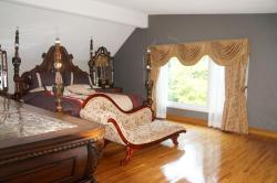 Ridgewood Vacation Home, 122 Ridgewood Road, M1C 2X2, Pickering
