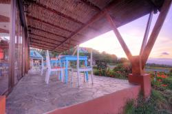 Chayote Lodge, Llano Bonito n/n, 10000, Barranca
