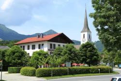 Gasthof Prinzregent Superior, Loitshauser Str. 5, 83250, Marquartstein