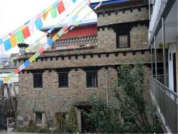 Huxin Guesthouse, No. 64 Dexi Street, Jinzhu Town, 627750, Daocheng