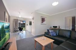 Hamilton Standard Apartment, 43 Ballarat Rd, 3300, Hamilton