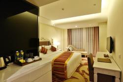 Chengdu Yinchao Hotel, Nan'an Road, Banzhuyuan Town, 610506, Xindu