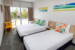 Palm Beach Hotel, 1118 Gold Coast Highway, 4221, Gold Coast