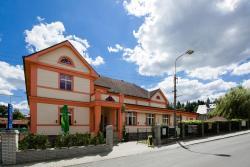 Hotel Lidový dům, Mníšecká 500, 252 30, Řevnice