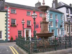 The Drovers Bed and Breakfast, 9 Market Square, SA20 0AB, Llandovery
