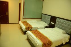 Wangsi Hotel, Across Kangba Bridge, Luding County, 626100, Yajiang