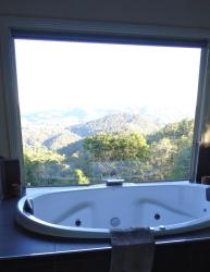 Maleny Luxury Cottages, 383 Curramore Road, 4552, Maleny