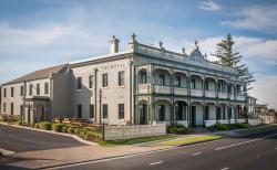 The Royal Hotel Mornington, 770 Esplanade, Mornington Victoria, 3931, Mornington